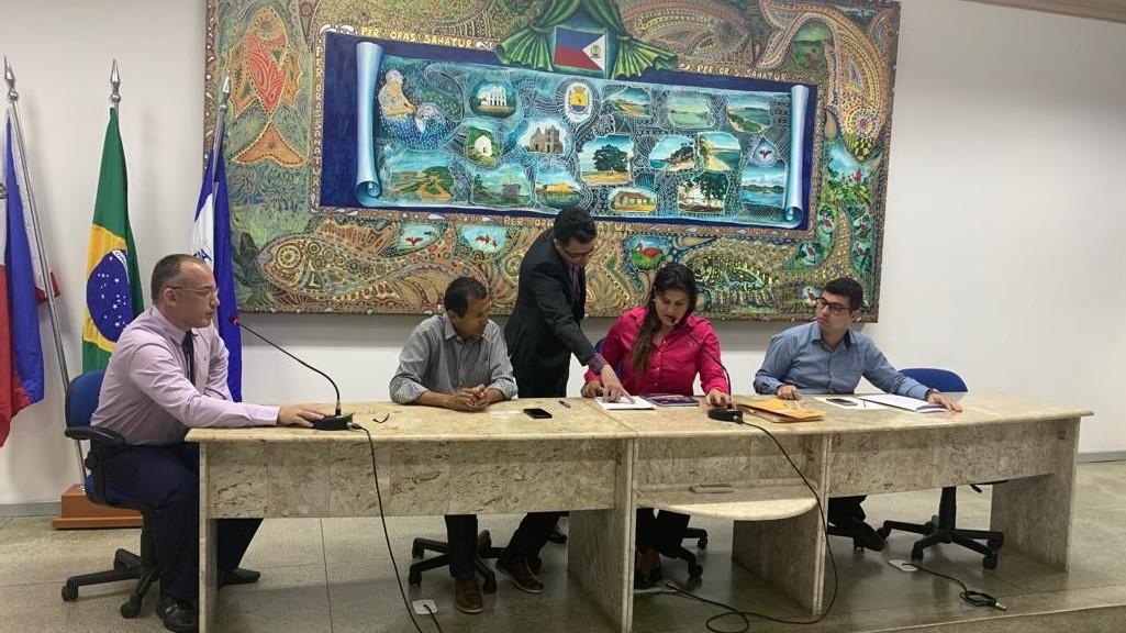 Comissão Processante realiza primeira reunião para apurar denúncias contra vereador